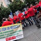 imagen-de-una-protesta-de-operadores-del-112-y-061-publicada-en-diario-bahia-de-cadiz
