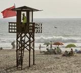 imagen-de-bandera-roja-en-la-playa-de-cortadura-publicado-en-diario-de-cadiz