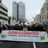 cargos-publicos-de-iu-cadiz-en-la-manifestacion-de-marea-blanca-el-pasado-mes-de-febrero