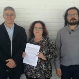 el-coordinador-provincial-de-iu-segundo-derecha-con-los-alcaldes-de-castellar-y-jimena-y-representantes-de-iu-en-la-linea