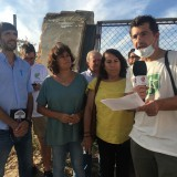 carmen-alvarez-segunda-por-la-izqda-en-una-protesta-ecologista-en-sanlucar